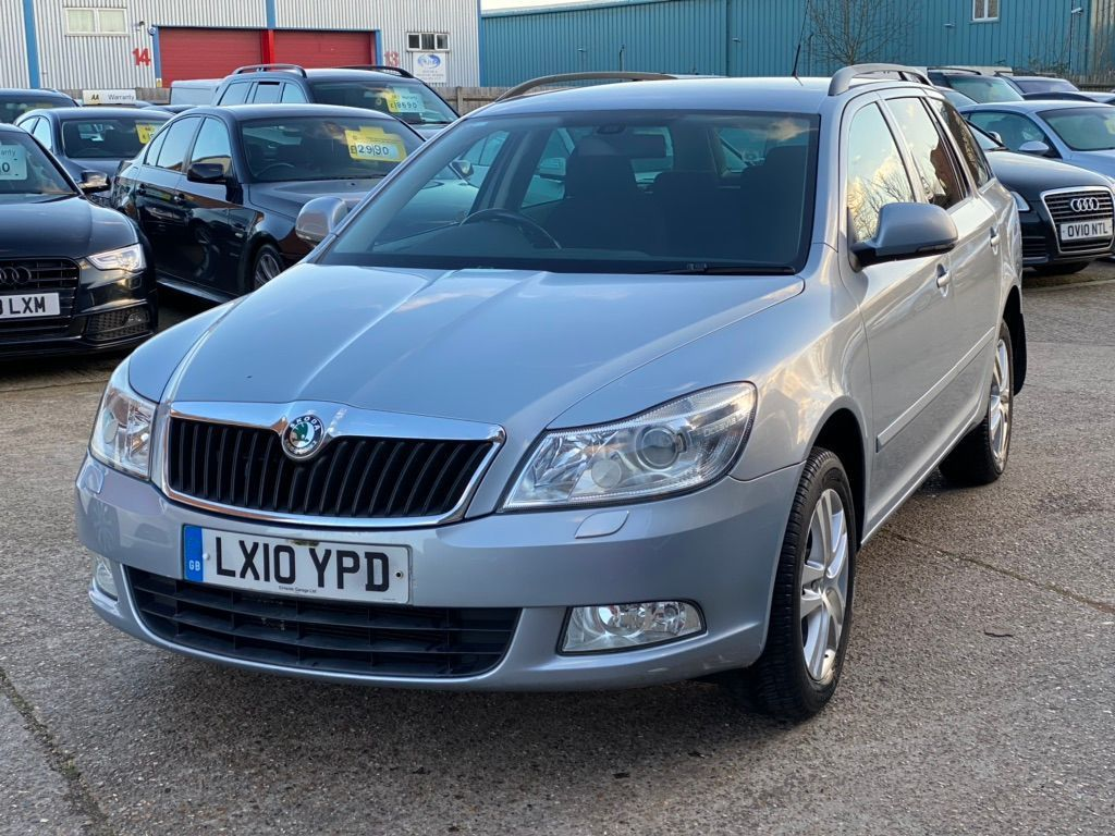 SKODA Octavia Estate 1.9 TDI PD 4x4 5dr