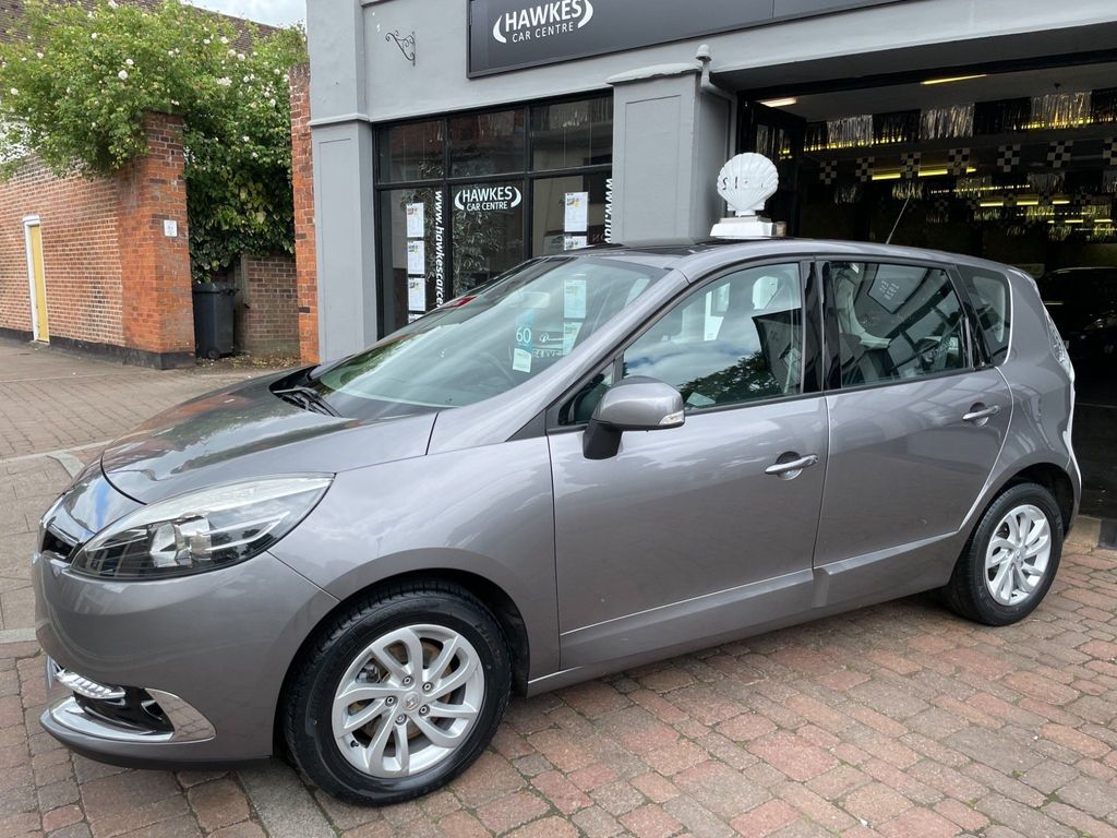 Renault Scenic MPV 1.6 dCi ENERGY Dynamique TomTom (s/s) 5dr