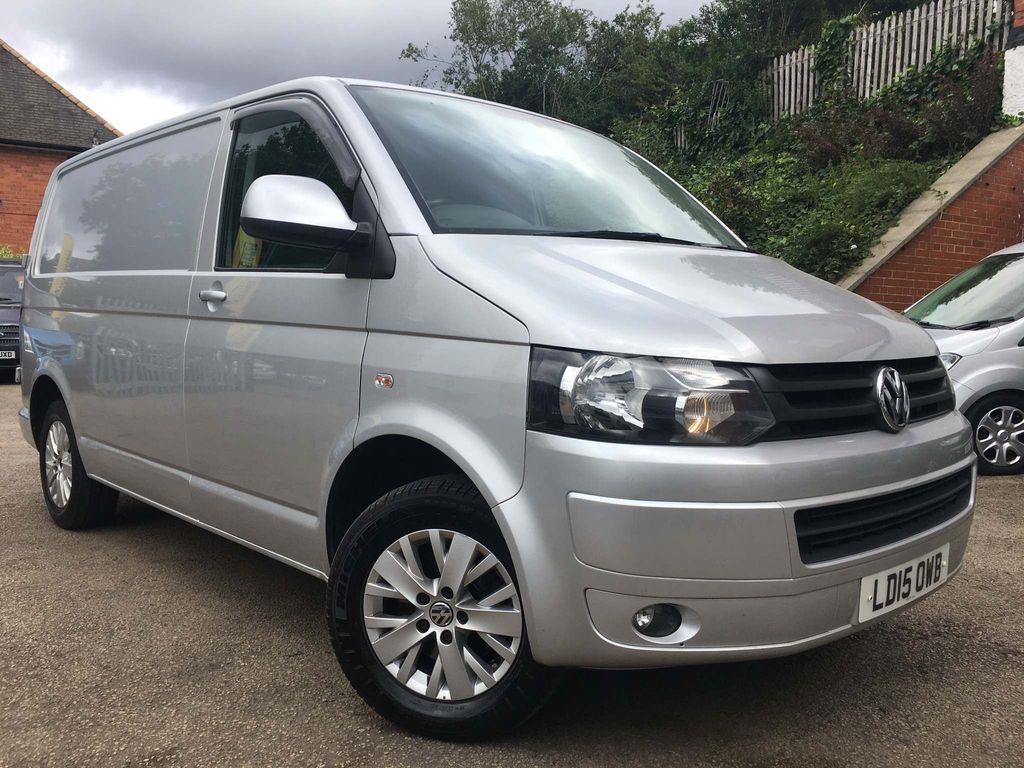 Volkswagen Transporter Panel Van 2.0 TDI T28 Highline Panel Van 4dr (SWB)