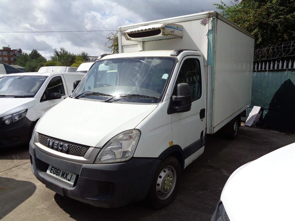 Iveco Daily Temperature Controlled 2.3 TD 35S11V MWB 4dr