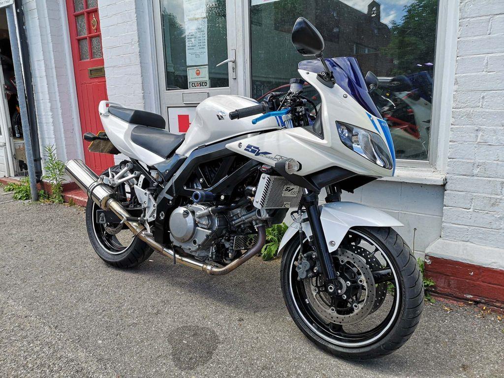 Suzuki SV650 Naked 650