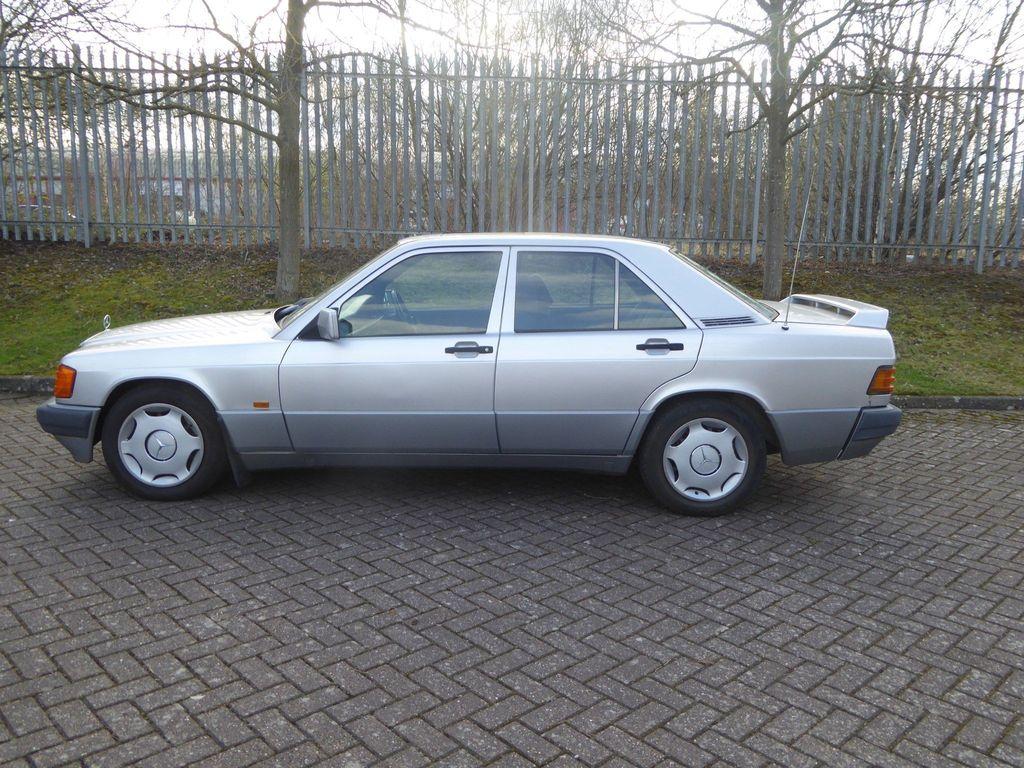 Mercedes-Benz 190 Saloon 2.0 E 4dr