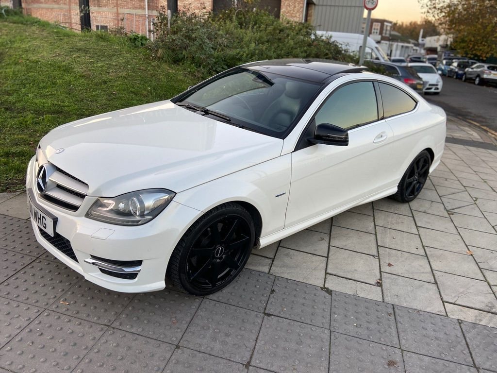 Mercedes-Benz C Class Coupe 3.5 C350 BlueEFFICIENCY AMG Sport 2dr