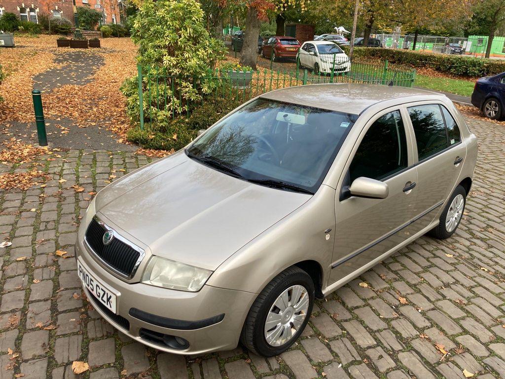 SKODA Fabia Hatchback 1.2 HTP 12v Ambiente 5dr