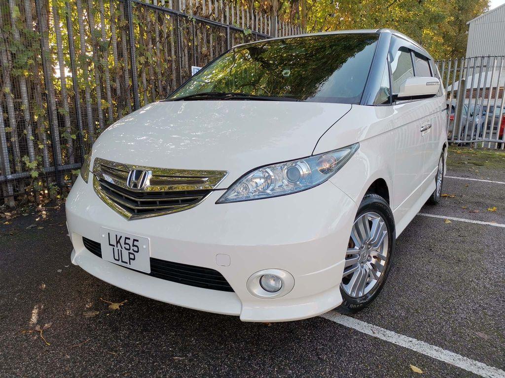 Honda Elysion MPV 2.4 AUTOMATIC 8 SEATS METALLIC WHITE