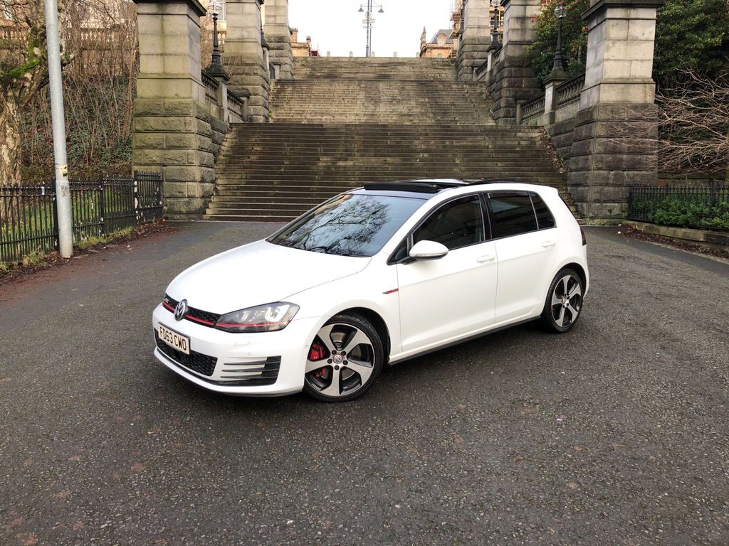 Volkswagen Golf Hatchback 2.0 TSI BlueMotion Tech GTI (Performance pack) (s/s) 5dr