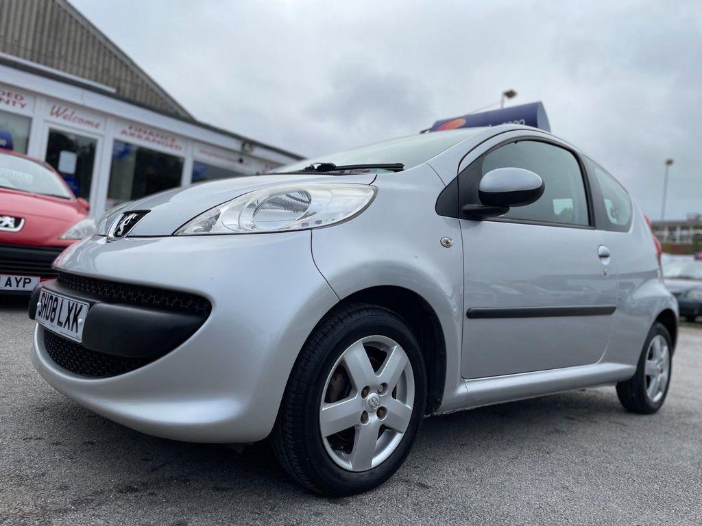 Peugeot 107 Hatchback 1.0 12V Urban Move 3dr