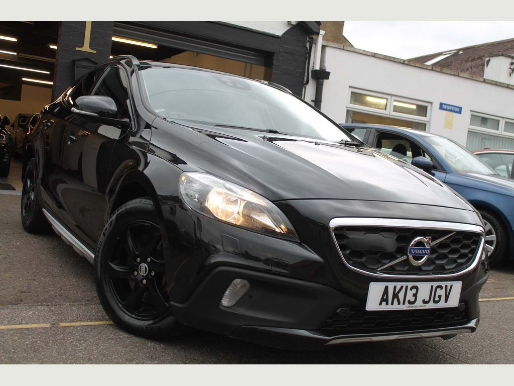 Volvo V40 Cross Country Hatchback 2.0 D3 SE Nav Cross Country Geartronic (s/s) 5dr