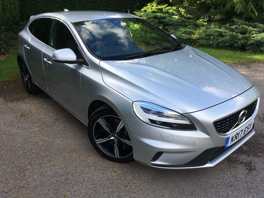 Volvo V40 Hatchback 2.0 D4 R-Design Nav Plus Auto (s/s) 5dr