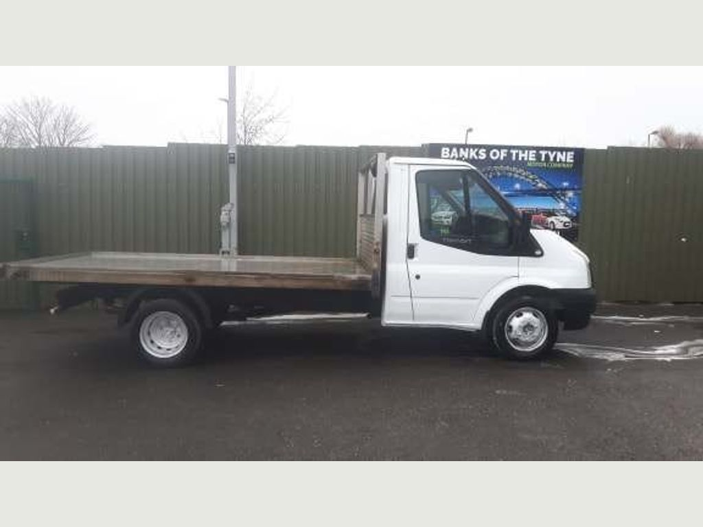 Ford Transit Chassis Cab 2.4 TDCi Duratorq 350 M Chassis Cab 2dr (DRW, MWB)