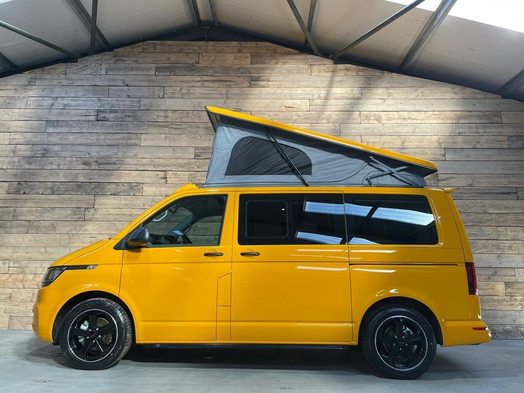 Volkswagen Transporter Combi Van 2.0 TDI T30 Startline Crew Van FWD (s/s) 5dr