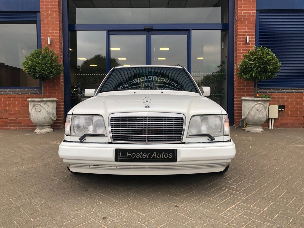 Mercedes-Benz E Class Estate 2.8 E280 5dr