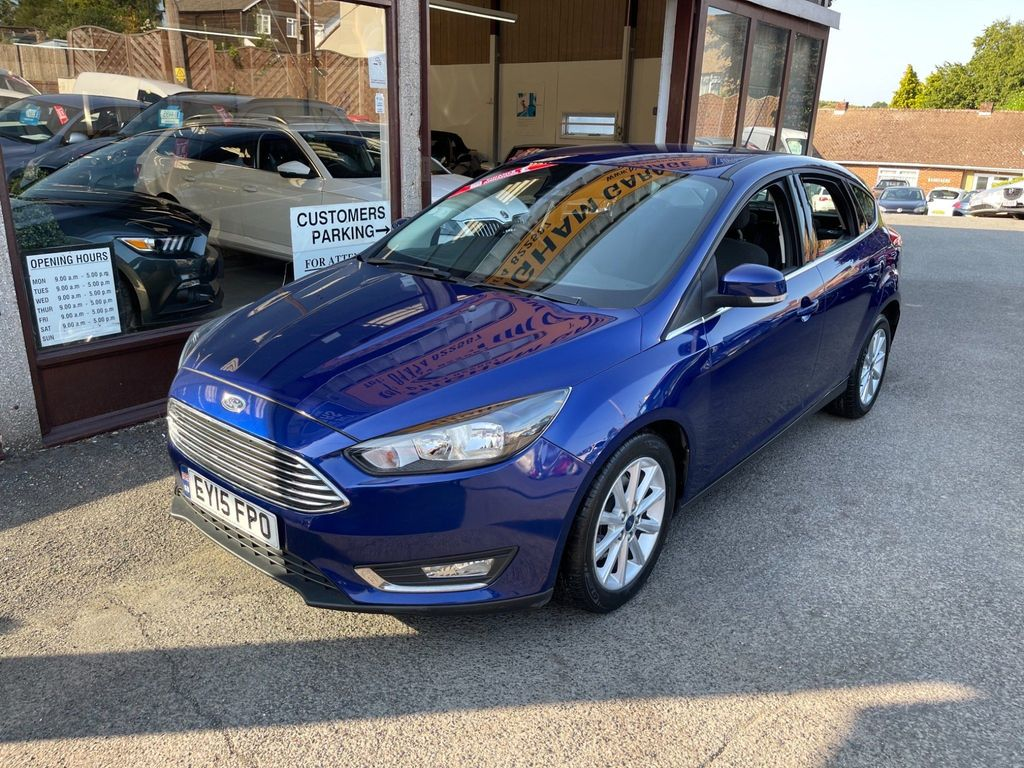 Ford Focus Hatchback 1.6 TDCi Titanium (s/s) 5dr