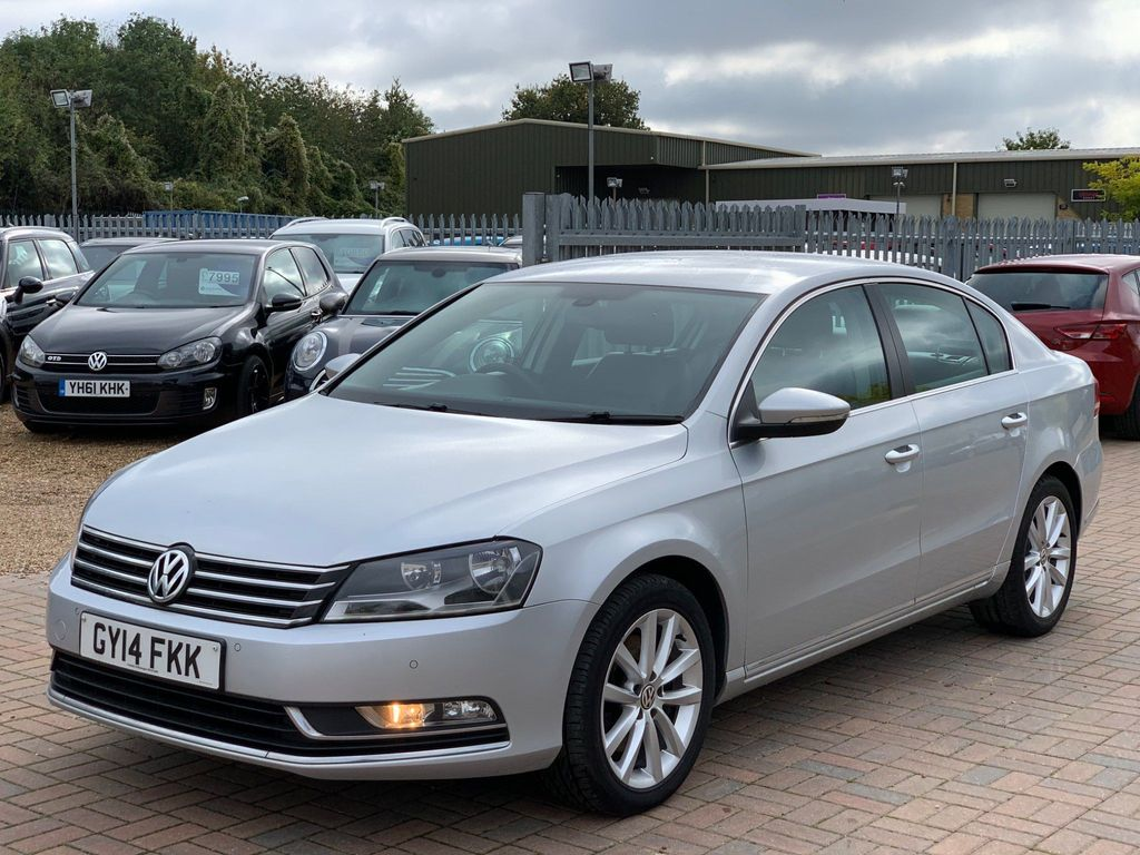 Volkswagen Passat Saloon 1.6 TDI BlueMotion Tech Executive 4dr