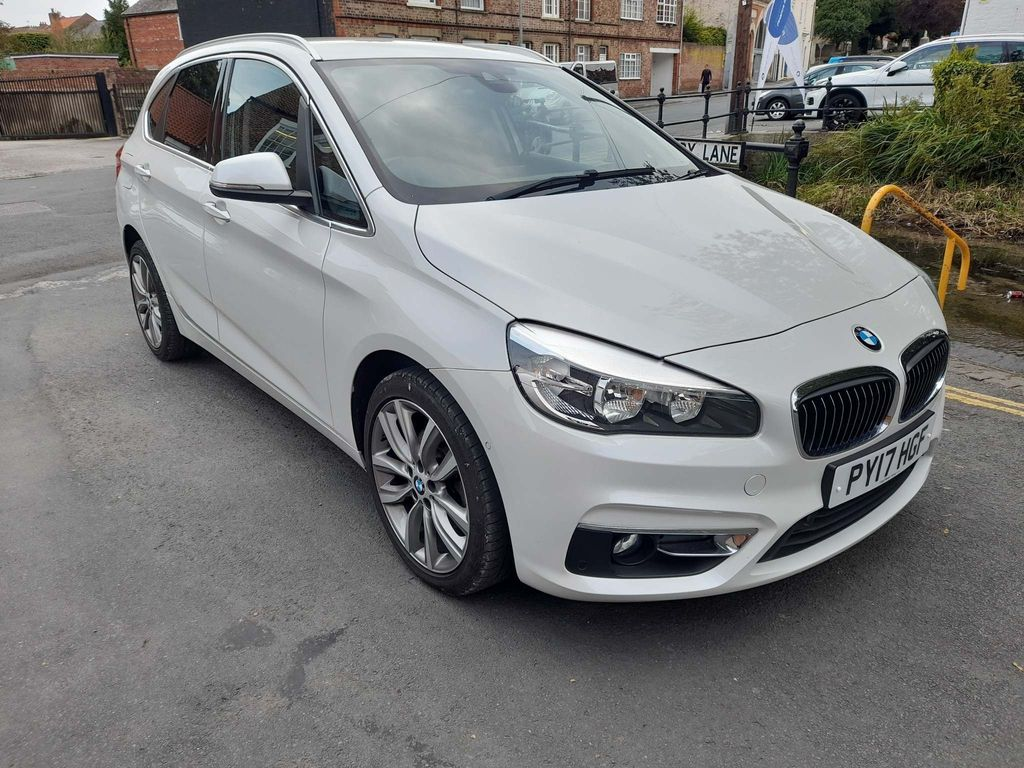 BMW 2 Series Active Tourer MPV 2.0 218d Luxury Active Tourer (s/s) 5dr