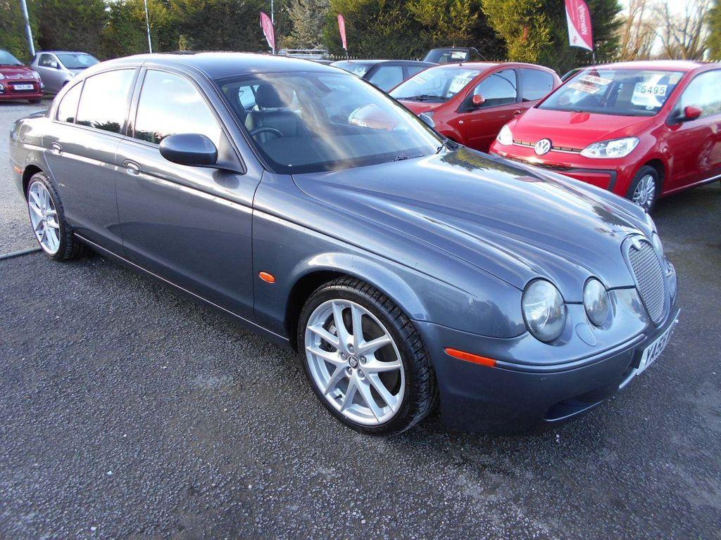 Jaguar S-Type Saloon 4.2 V8 R 4dr