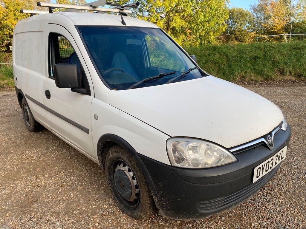 Vauxhall Combo Panel Van 1.6 1700 Panel Van 3dr