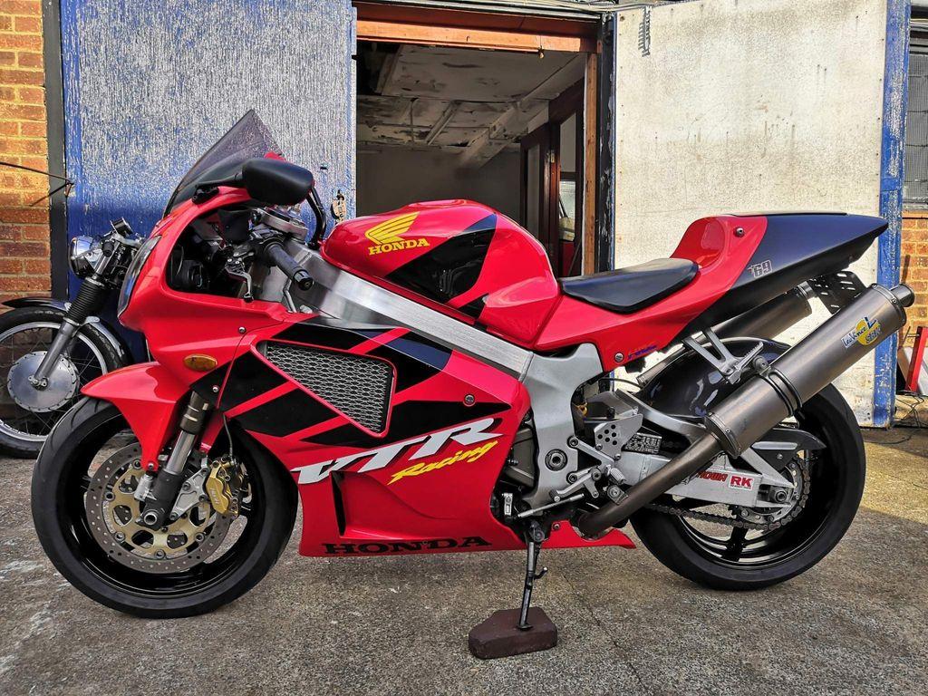 Honda VTR1000 Super Sports 1000 SP-1