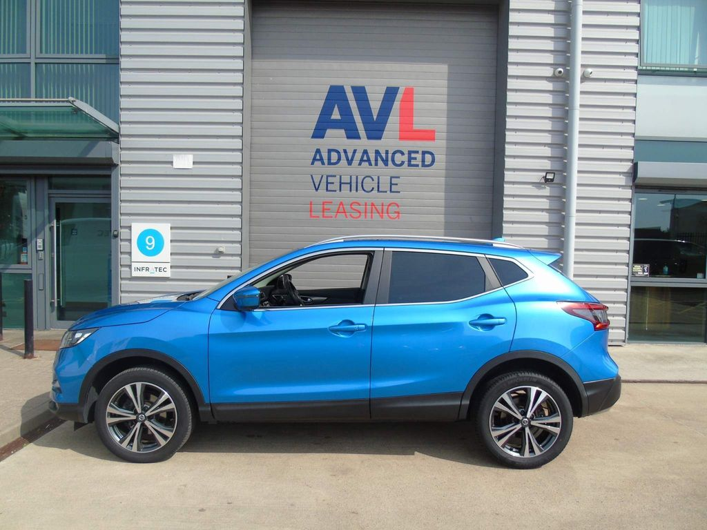 Nissan Qashqai SUV 1.5 dCi N-Connecta (s/s) 5dr