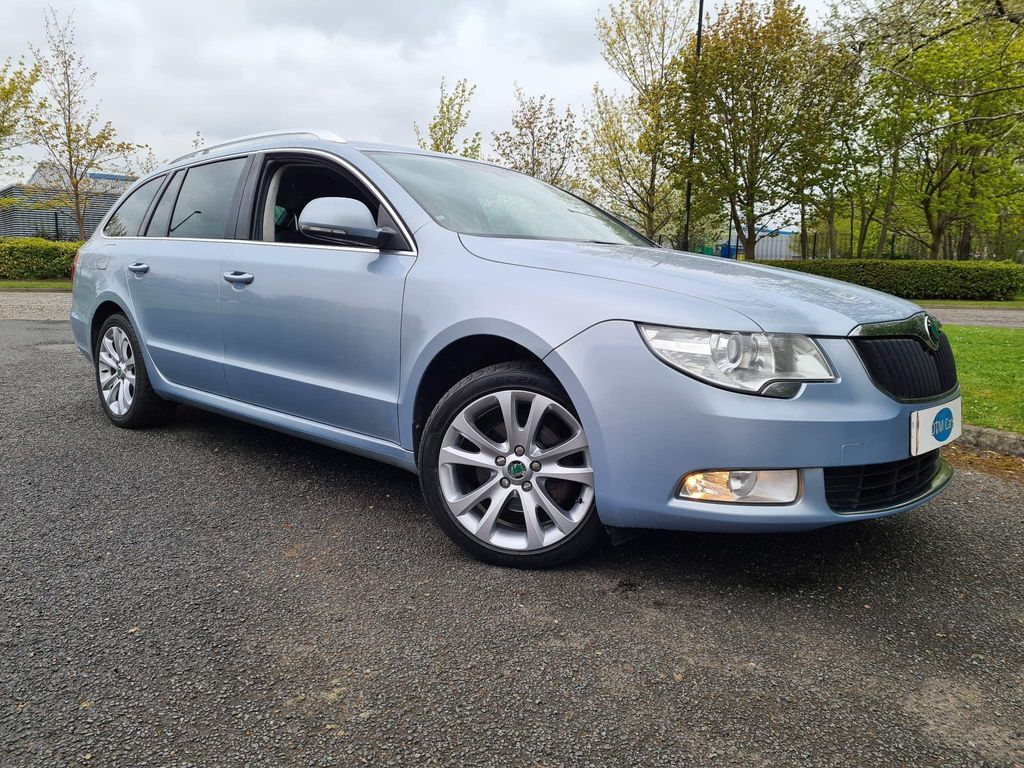 SKODA Superb Estate 1.6 TDI GreenLine II CR SE Plus 5dr