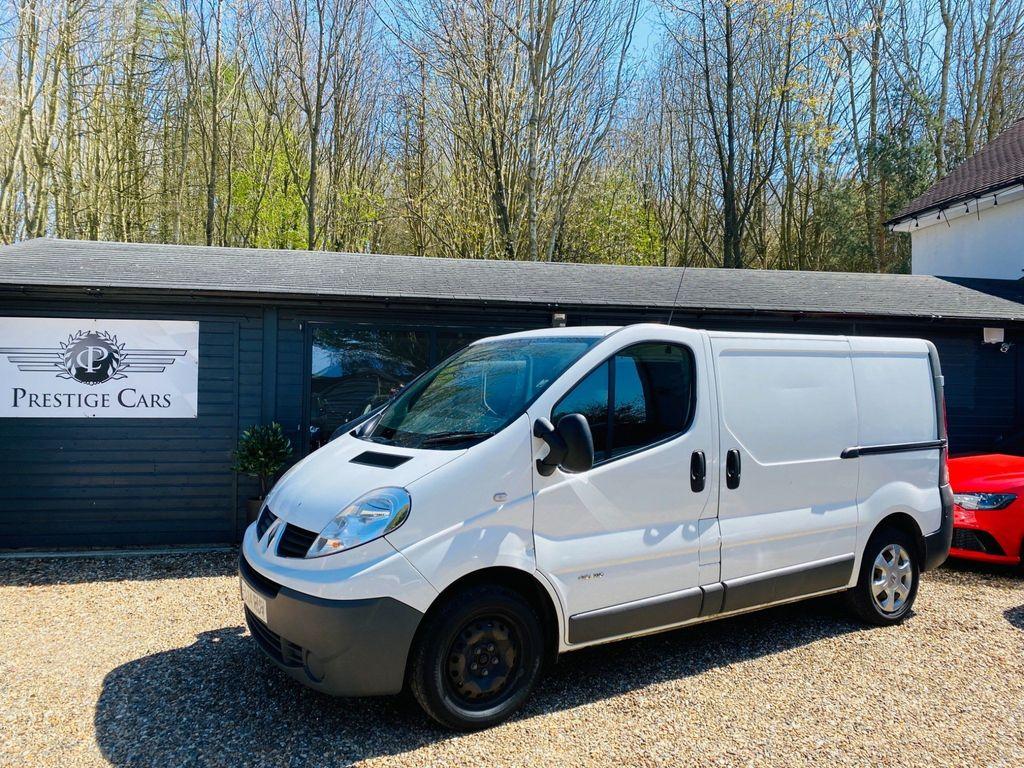 Renault Trafic Panel Van 2.0 dCi SL27 Sport Low Roof Van 3dr (EU5)