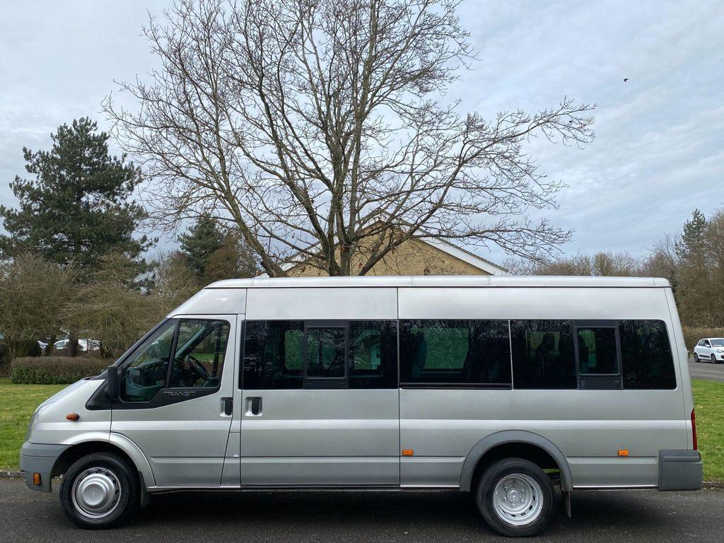 Ford Transit Minibus 2.4 TDCi 430 Duratorq Medium Roof Bus EL 4dr (17 Seats, LWB)