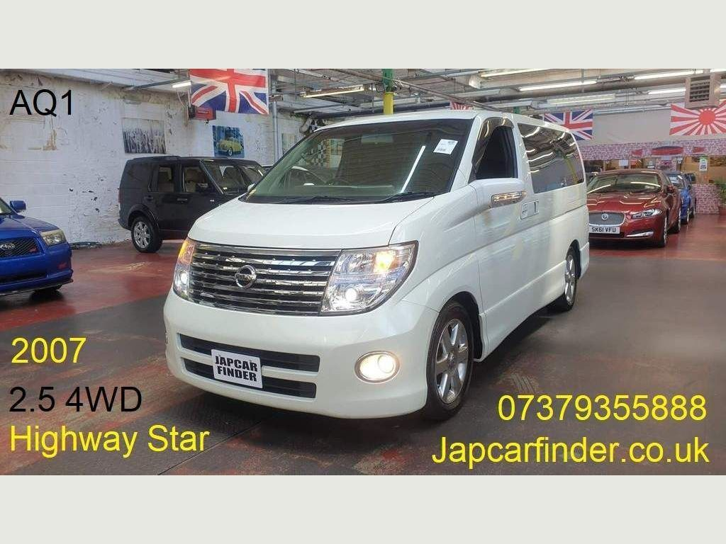 Nissan Elgrand MPV 4WD Highway Star PDoors Cameras Curtains