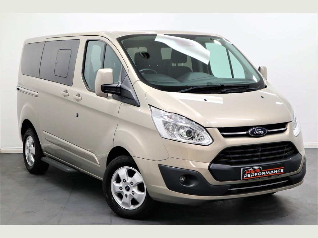 Ford Tourneo Custom Minibus Independence RE Edition- 5 seat/Ramp