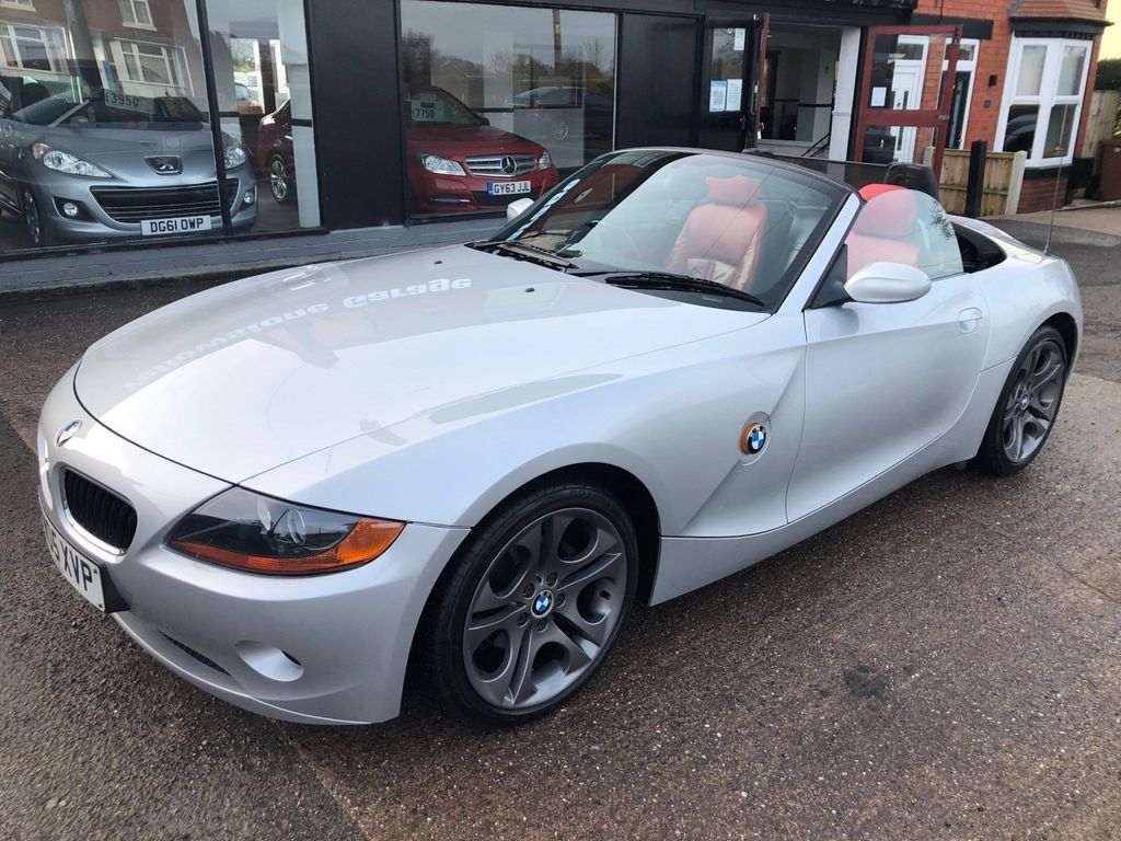 BMW Z4 Convertible 2.2i SE 2dr