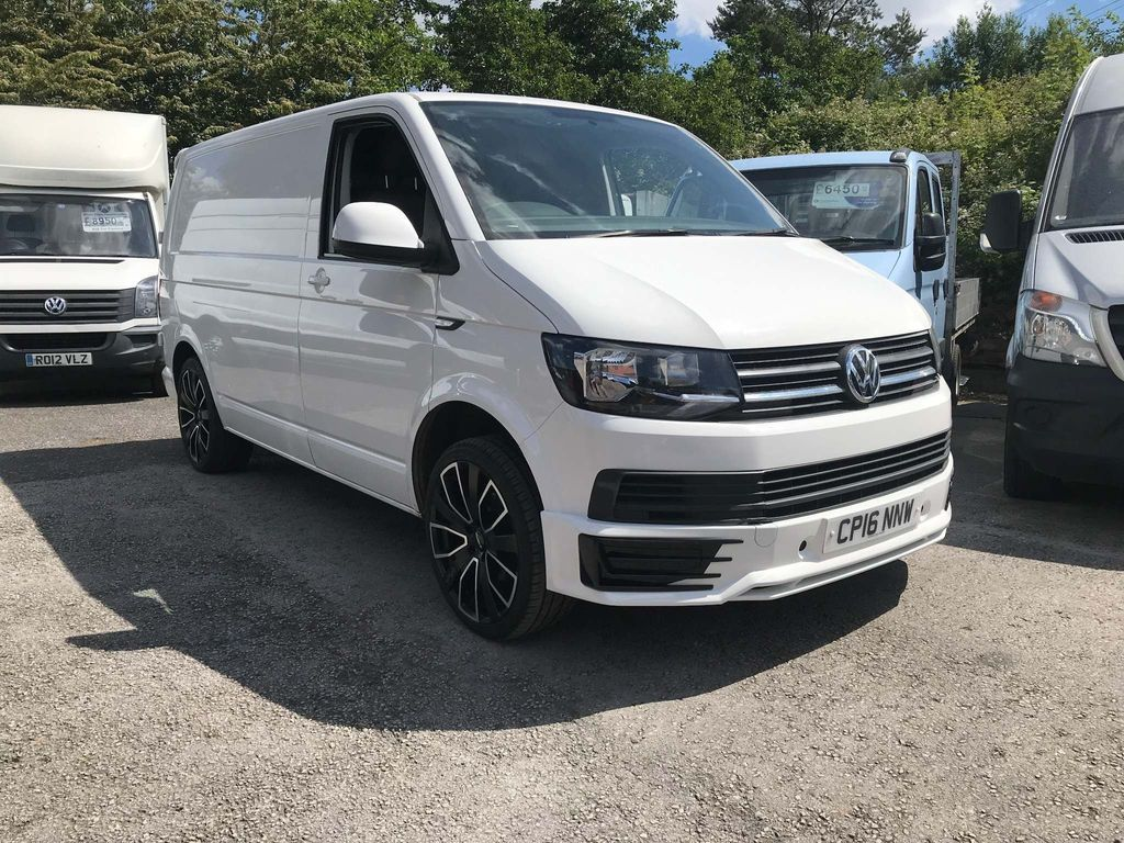 VOLKSWAGEN TRANSPORTER Panel Van 2.0 TDI BlueMotion Tech T30 Trendline Panel Van 5dr (EU6, SWB)