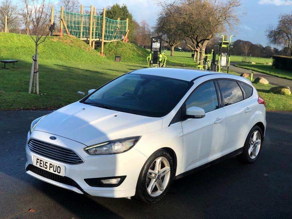 Ford Focus Hatchback 1.0T EcoBoost Zetec (s/s) 5dr