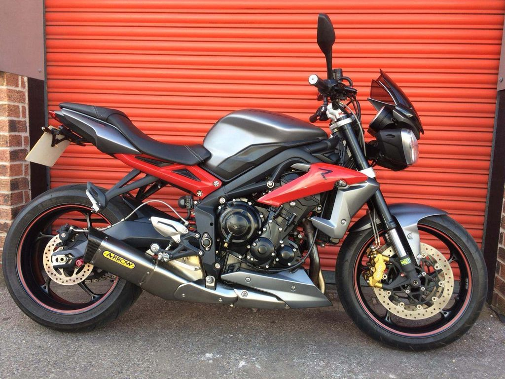 Triumph Street Triple 675 Naked 675 R