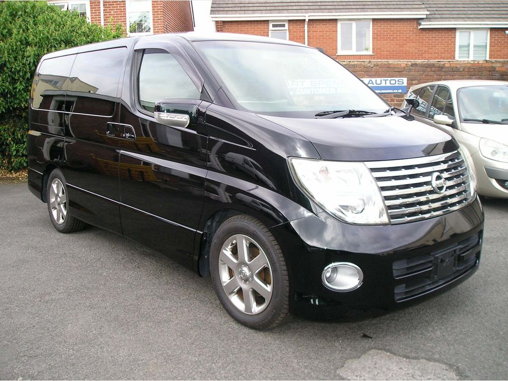 Nissan Elgrand MPV 3.5 Highwaystar, leather, ULEZ friendly