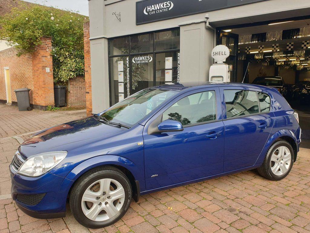 Vauxhall Astra Hatchback 1.6 i Active Plus 5dr