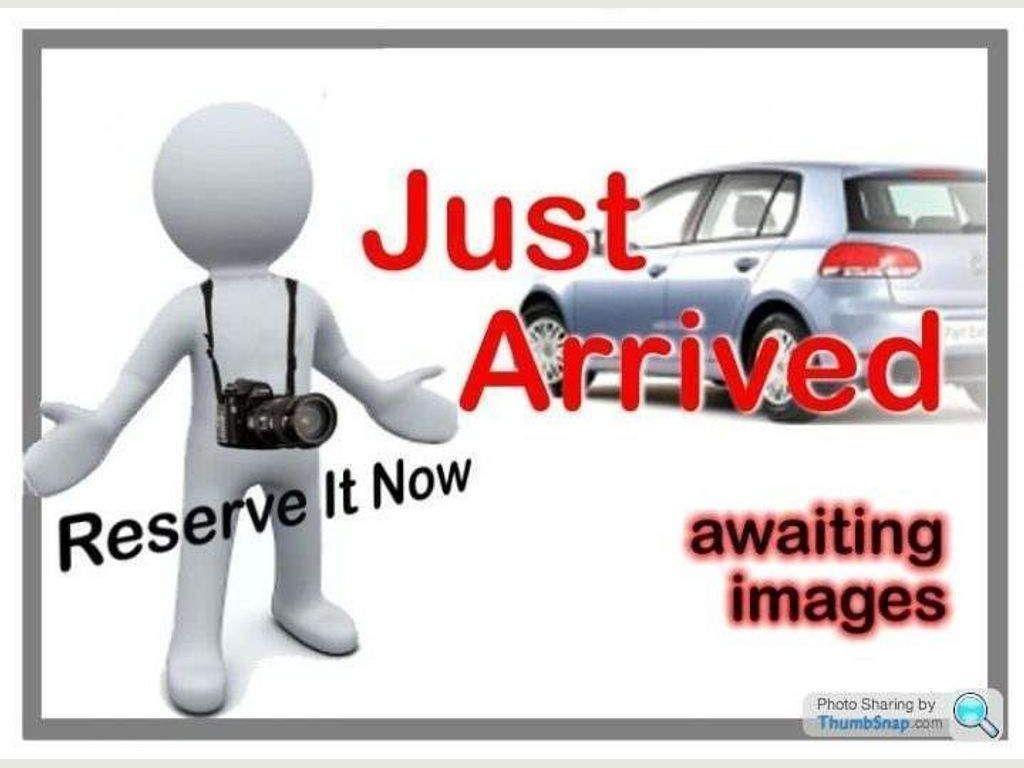 Ford C-Max MPV 2.0 Zetec 5dr