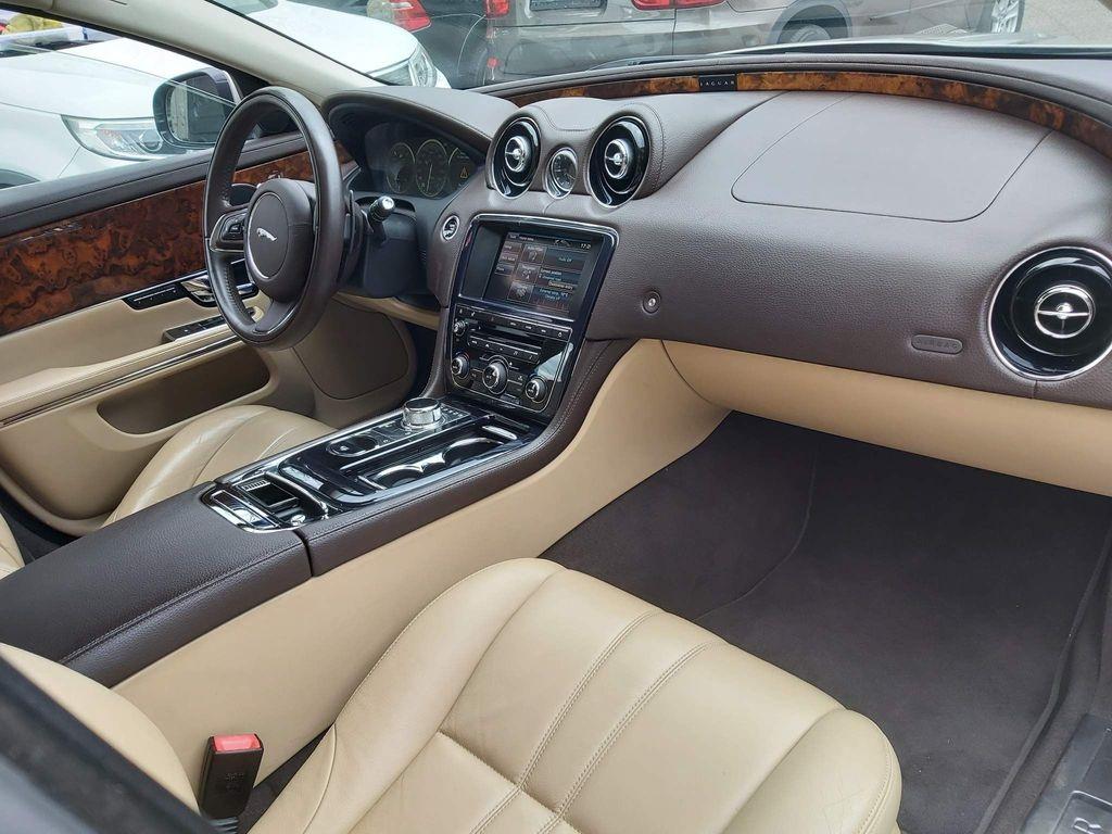 Jaguar XJ Saloon ** XJL 2L V4 ENGINE PREMIUM LUXURY LWB**