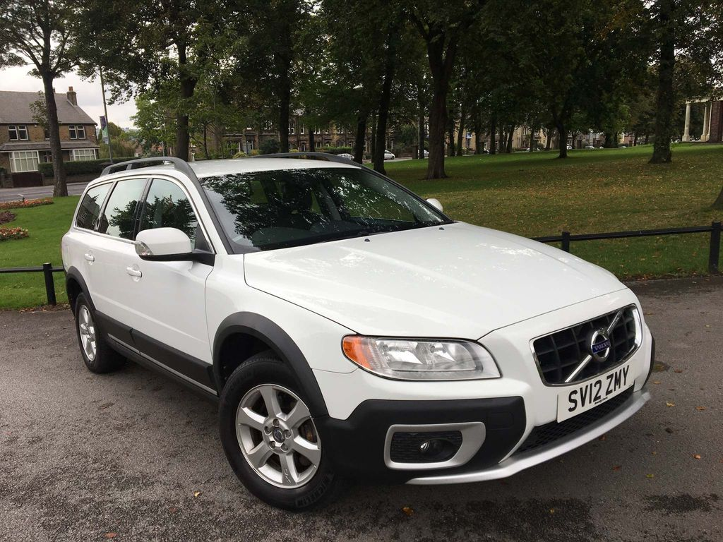 Volvo XC70 Estate 2.4 D3 ES AWD 5dr