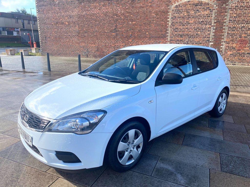 Kia Ceed Hatchback 1.4 1 5dr