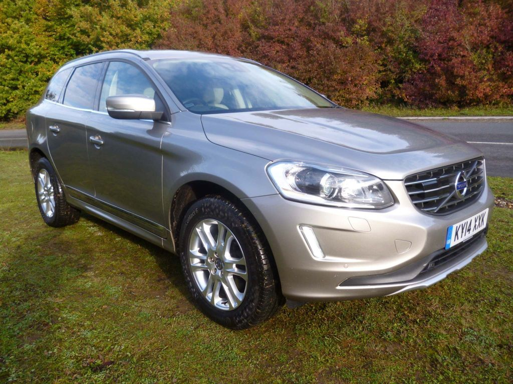 Volvo XC60 SUV 2.4 D5 SE Lux Nav AWD (s/s) 5dr