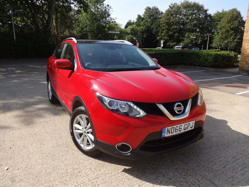Used Nissan Qashqai Suv 1 2 Dig T Acenta Tech Pack Xtronic Cvt 5dr In Woodford Green Essex Car Valley