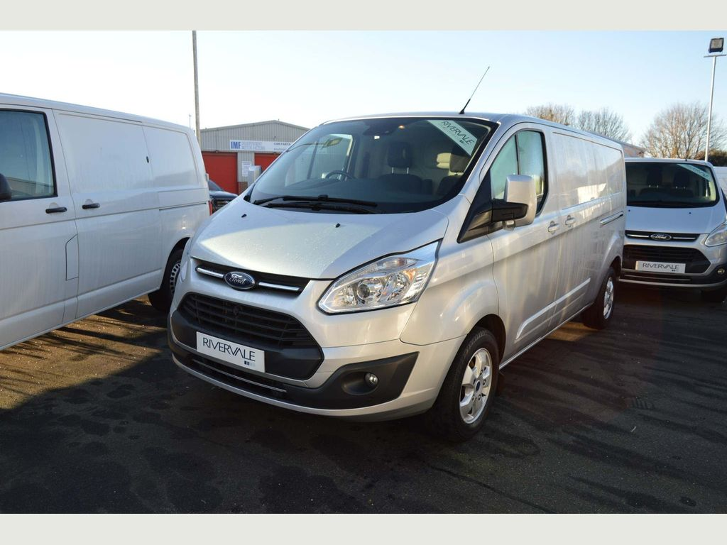 Ford Transit Custom Panel Van 2.0 TDCi 290 L2H2 Limited 5dr