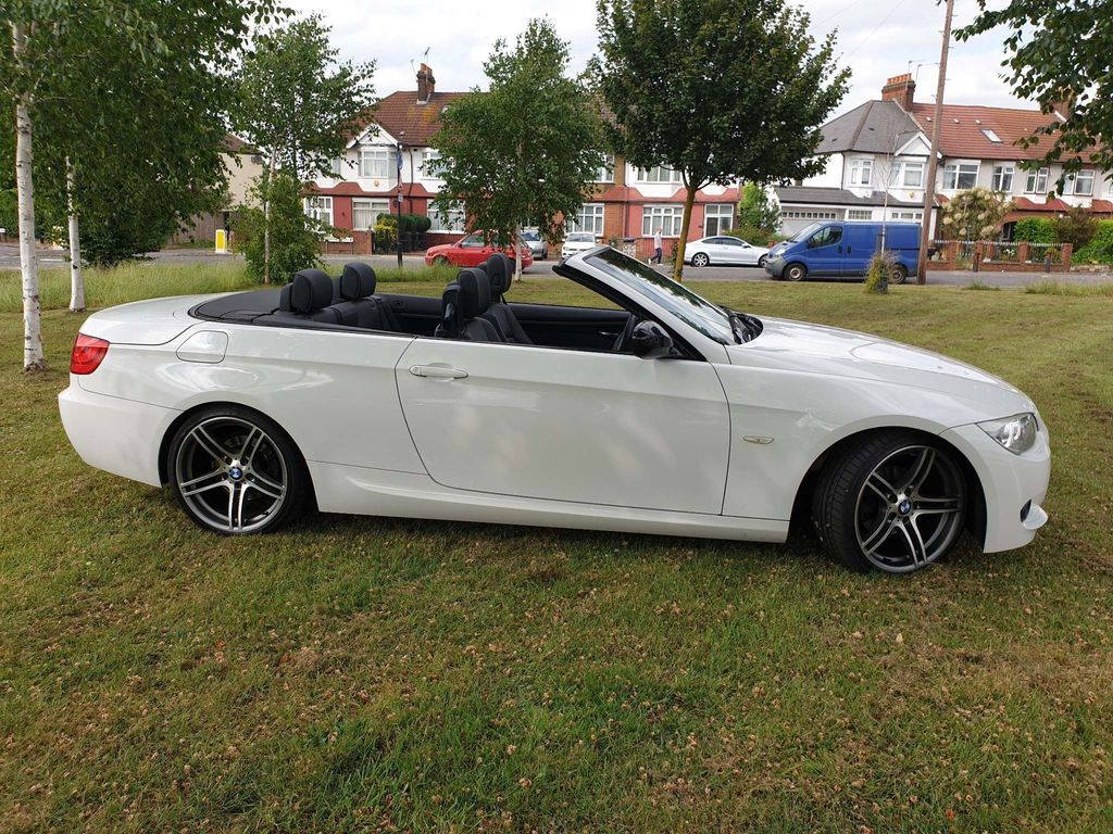BMW 3 SERIES Convertible 2.0 320i Sport Plus 2dr