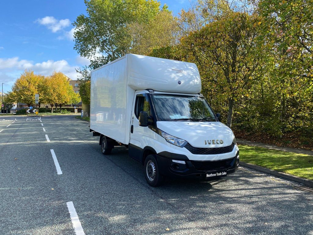 Iveco Daily Chassis Cab 2.3 TD 13V 35S 3000 RWD 2dr
