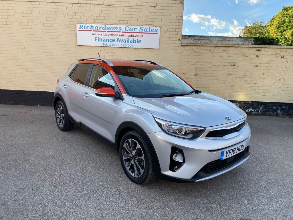 Kia Stonic SUV 1.6 CRDi First Edition (s/s) 5dr