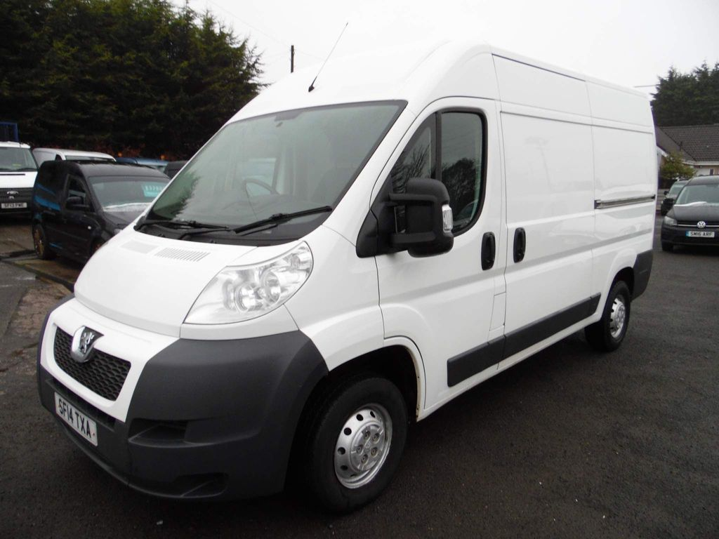 Peugeot Boxer Panel Van 2.2 HDi 333 L2 H2 High Roof Van 4dr