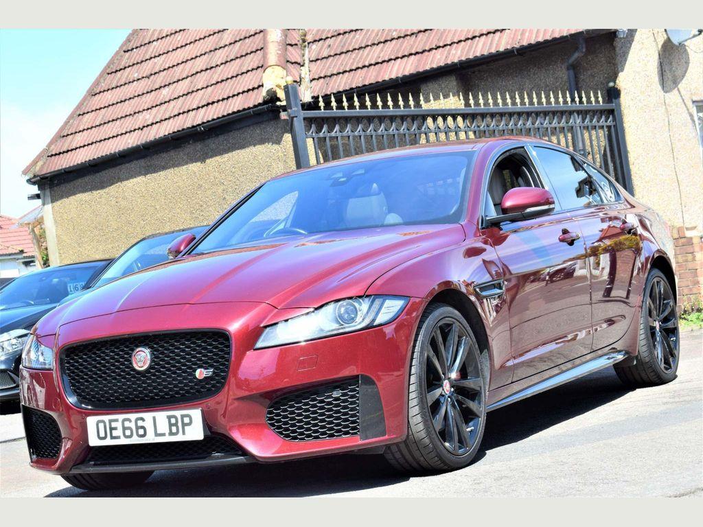 Jaguar XF Saloon 3.0d V6 S Auto (s/s) 4dr
