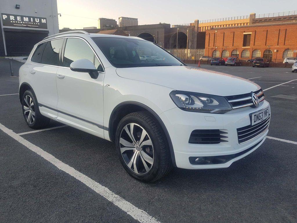 Volkswagen Touareg SUV 3.0 TDI V6 R-Line Tiptronic 4x4 (s/s) 5dr