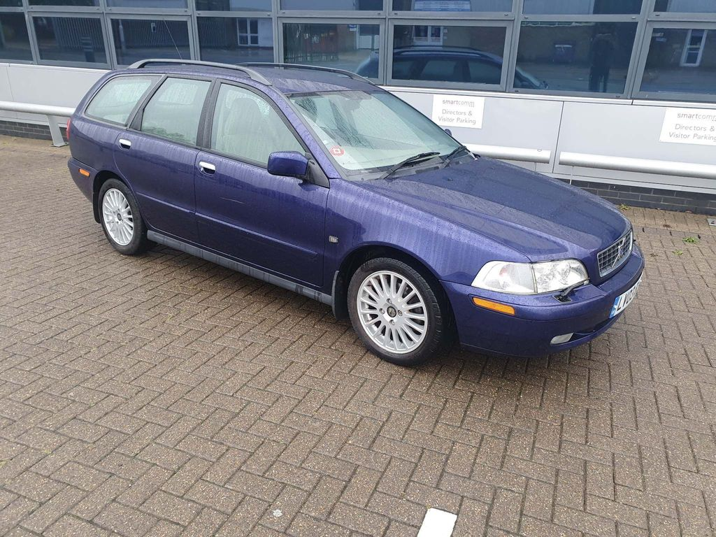 Volvo V40 Estate 1.9 SE 5dr