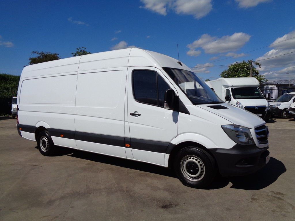 Mercedes-Benz Sprinter Panel Van 2.1 CDI BlueEFFICIENCY 313 High Roof Panel Van 7G-Tronic 4dr (LWB)