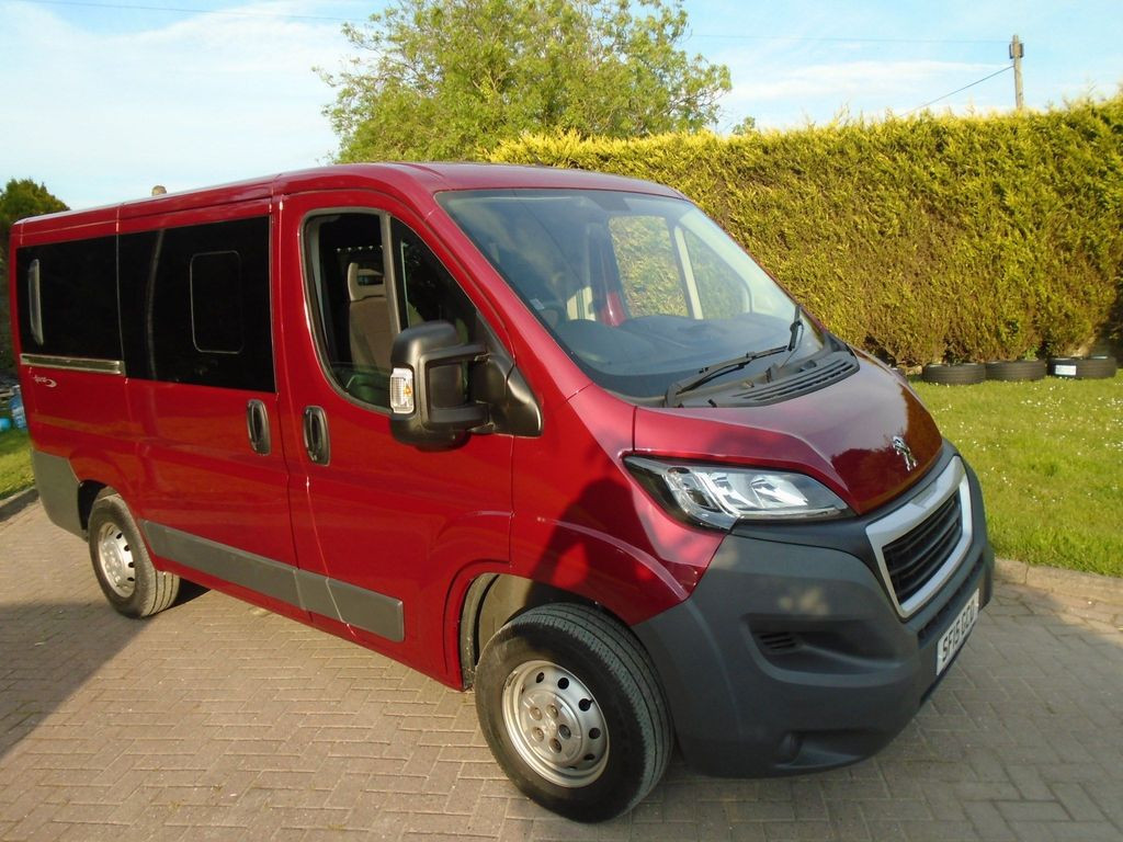 Peugeot Boxer Window Van 2.2 HDi 333 L1 H1 4dr